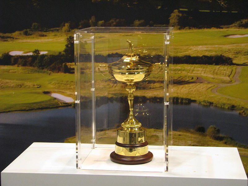 800px-Ryder_Cup_at_the_2008_PGA_Golf_Show