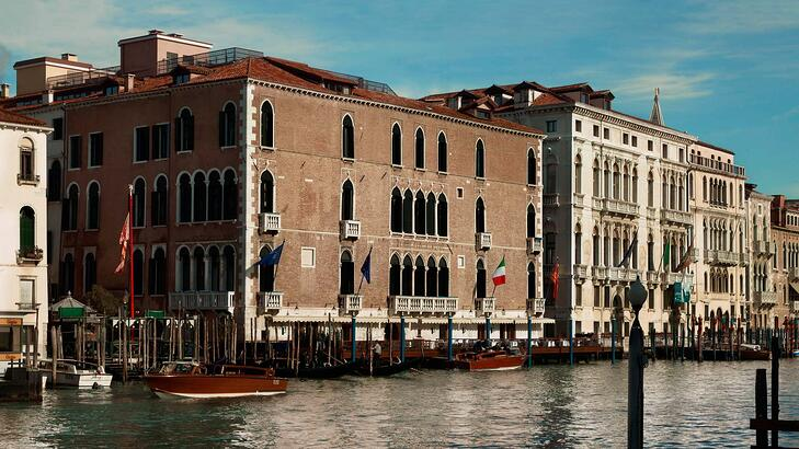 Hotel_Exterior_Grand_Canal Gritti palace.jpg