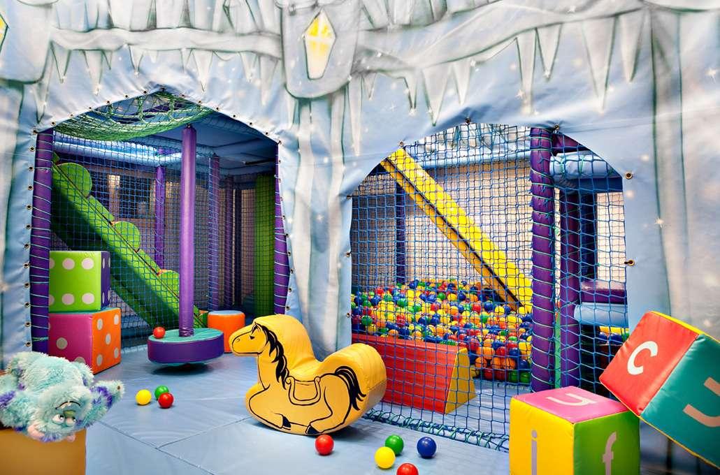 playroom_www.kingsavenue.com-1.jpg
